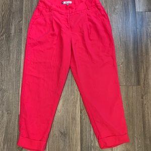 4/$25 JLOCropped Hot Pink Work Slacks Size 8